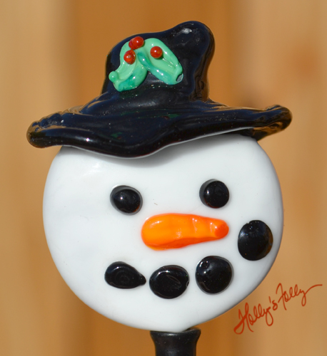 Snowman sculpted glass bead